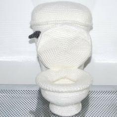 Kim Lapsley Crochets: The Toilet