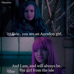 Who else cried when they were singing space between😔 Descendants 2015, Disney Channel Descendants, Descendants Characters, Mal And Evie, Rotten To The Core, Disney Decendants, Old Disney, Best Disney Movies, Sofia Carson