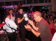 @IvanVillazon - Se acerca su cumpleaños - http://wp.me/p2sUeV-3t0  - Noticias #Vallenato !