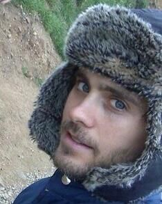 Jared with ushanka Jared Leto, Most Beautiful Man, Gorgeous Men, Beautiful People, Constance Leto, Blue Eyed Men, Shannon Leto, Just Jared, Pretty Boys