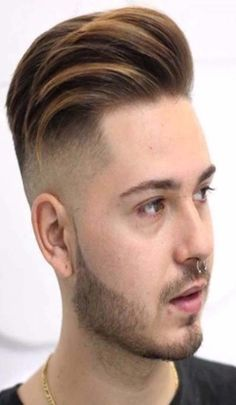Unique and latest hair styles for men 22 Stylish Men's Hairstyles 2018 Stylish Mens Haircuts, Mens Hairstyles 2018, Cool Boys Haircuts, Hairstyles Haircuts, Haircuts For Men, Men Haircut 2018, Fade Haircut, Ronaldo, Medium Hair Styles