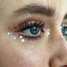 The post Glitter Face Makeup Festival Make Up Cosmetic Grade Stargazers Festival Makeup Looks Face Glitters Glitter Highlight Shimmer Hilite appeared first on Make Up. Makeup Inspo, Makeup Inspiration, Makeup Tips, Makeup Hacks, Makeup Tutorials, Makeup Trends, Glitter No Rosto, Glitter Face Makeup, Glitter Eyebrows