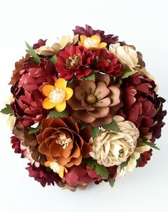 This fabulous paper flower bouquet has been carefully pieced together with lots of love and details. You are not only getting a wonderful