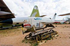 AQM-34Lファイアービー(AQM-34L Firebee)。アメリカに本社を構えていたテレダイン·ライアンにて設計された偵察ドローン。ベトナム戦争にも投入されて多数のミッションを行っていたとのこと。上昇限度は50,000フィート。