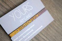 Handgemaakte weefarmband. Alle armbandjes zijn gemaakt met Miyuki kralen, dit armbandje is gemaakt van de kleinste maat kralen mt. 15. De gouden
