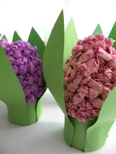 Paper Roll Spring Flowers - just add some paper wads and create a hyacinth.