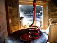 Erholung in einer unserer Saunen #Sauna #Erholung #Wellness #alm #almwellness #alm #winter #Urlaub #berge #Tuffbad #lesachtal #kärnten #Österreich #Austria #winter Sauna, Wellness, 4 Star Hotels, Chill, Winter, Holiday, Storage Room, Painting, Range