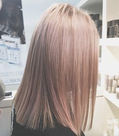Rose gold blonde hair by Erica Johansen