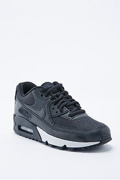 Nike Air Max 90 Trainers in Black