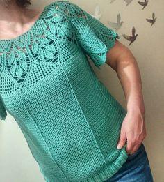 Crochet Applique Patterns Free, Crochet Jacket Pattern, Crochet Borders, Crochet Stitches, Crotchet Dress, Crochet Blouse, Crochet Top, Blouse And Skirt, Pretty Patterns