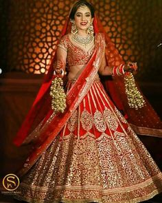 This app includes a collection of best handpicked Indian Bridal Dresses. Indian Bridal Photos, Indian Bridal Outfits, Indian Bridal Lehenga, Indian Bridal Fashion, Indian Bridal Wear, Indian Dresses, Bridal Dresses, Eid Dresses, Indian Wear
