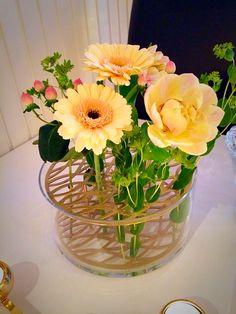 Klong äng vas i mässing @klong Glass Vase, Garden, Flowers, Gifts, Home Decor, Presents, Decoration Home, Room Decor, Lawn And Garden