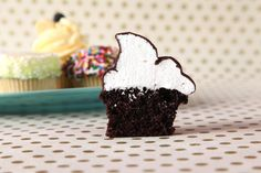 Make Creative Cupcake Flavors in Craftsy's: The Perfect Cupcake ( use choc hard shell to make)