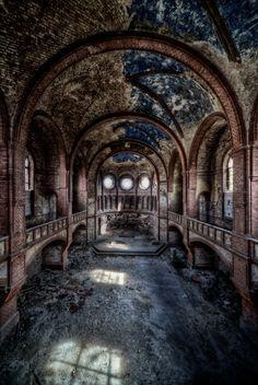abandoned Chruches | Abandoned Churches – Photographer – Matthias Haker