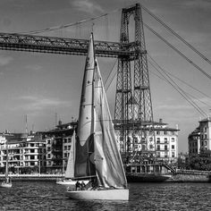 La otra orilla... Puente Colgante Getxo. Bizkaia #mendikleta #turismo_euskadi #igersbilbao #ilovebilbao #getxo #portugalete #total_euskadi #verybilbao #bilbosoul #bnw_life #bnw_photografare #bnw_paisvasco #bnw #bnw_planet #bnw_society #bnw_europe #igersbnw by mendikleta