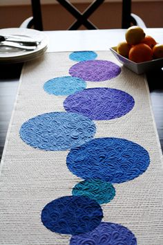 Connect the Dots Table Runner--with pattern and instructions--love this