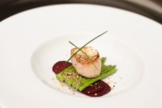 Scallop at Fulham Palace, featured on hitched.co.uk