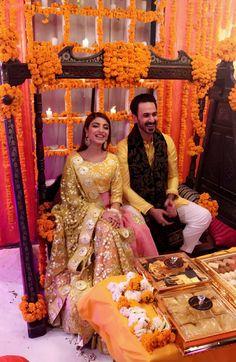 Pakistani Mehndi Dress, Pakistani Bridal Couture, Bridal Mehndi Dresses, Pakistani Wedding Outfits, Pakistani Dresses, Indian Dresses, Indian Engagement Outfit, Engagement Dresses, Mayon Dresses