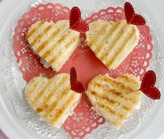 Heart Shaped Treats, from grilled sandwiches to hearts! Valentines!