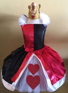 Queen of hearts by SimiPrincessBoutique on Etsy