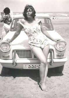 Seaside weekend at the Caspian Sea. Photo's of Iran before the Islamic Revolution. Islam has ruined great nations. Auto Girls, Photos Rares, Teheran, Rare Historical Photos, Non Plus Ultra, Charlotte Rampling, Photo Images, Vintage Mode, Salvador Dali