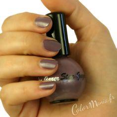 Manucure Vernis à Ongles Violet Stargazer - (c) Color-Mania (http://www.color-mania.fr/boutique/vernis-ongles-violet/)