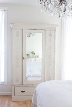 3 Vivacious Tips: Shabby Chic Bedroom shabby chic furniture bedroom.Shabby Chic Home Colour Schemes shabby chic blue decor. Armoire Shabby Chic, Shabby Chic Bedrooms, Shabby Chic Homes, Shabby Chic Decor, Vintage Armoire, Stylish Bedroom, Vintage Cabinet, Farmhouse Bedrooms, Shabby Chic Kitchen