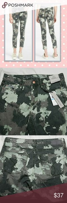 "🌼 Calvin Klein Ankle Camo Skinny Jeans Calvin Klein skinny jeans designed with a garment-dyed wash, a modern abstract sage green & gray camouflage print and 5 pocket styling with a cropped ankle length • tonal topstitching • seaming details • NWT  58% cotton, 39% rayon, 3% elastane • Machine washable  Tag size: W31 X 28 Measurements taken lying flat: Length: 35.75"" Inseam: 27"" Waist: 14.5"" Front Rise: 9"" Leg opening: 5.5"" Calvin Klein Jeans Jeans Skinny"