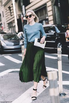 New_York_Fashion_Week-Spring_Summer-2016-Street-Style-Green_Midi_pleated_Skirt-790x1185.jpg (790×1185)