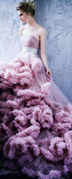 ♥ Romance of the Maiden ♥ couture gowns worthy of a fairytale - mauve ruffles Strapless Dress Formal, Prom Dresses, Wedding Dresses, Dresses 2016, Quinceanera Dresses, Beautiful Gowns, Beautiful Outfits, Gorgeous Dress, Mode Glamour