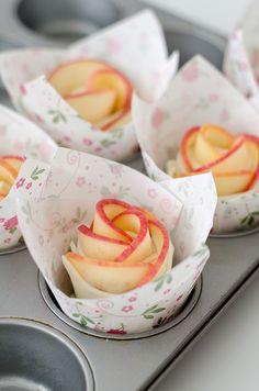 Apfelrosen aus Blätterteig in Muffinform