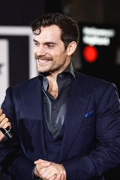 Celebrities - Henry Cavill Photos collection You can visit our site to see other photos. Henry Caville, Love Henry, King Henry, Ben Affleck, Jason Momoa, Gal Gadot, Henry Cavill Justice League, Henry Superman, Charles Brandon