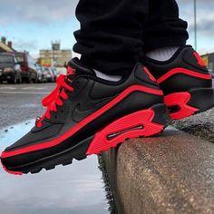 x Nike Air Max 90 - Black/ Solar Red , worn b. Nike Shoes Cheap, Nike Shoes Outlet, Cute Sneakers, Sneakers Nike, Summer Sneakers, Best Shoes Online, Zapatillas Jordan Retro, Baskets, Popular Sneakers