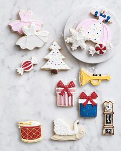 Bake up batches of cookies with our kit inspired by 🐭 Create a dozen shapes from the Mouse King and Mother Ginger to the Clock and Tree. The kit includes cutters, icing bags and decorating tips. Christmas Tree Cookies, Holiday Cookies, Christmas Fun, Holiday Fun, Festive, Cookie Box, Cookie Icing, Cookie Cutter Set, Weird Food