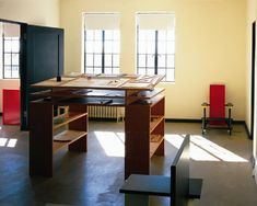 Architecture Office, 2nd Floor, Marfa Texas. Donald Judd Standing Writing Desk. Hester and Hardaway-Judd Foundation Archives. Courtesy of the Judd Foundation.