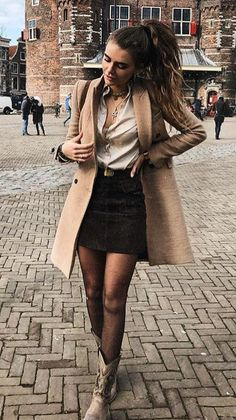 How to wear pantyhose in winter: 26 ways to update your garment on cold days - Looks e Tendências ♡ - Fashion Outfits Winter Fashion Outfits, Fall Winter Outfits, Autumn Winter Fashion, Fashion Ideas, Hipster Fashion Style, Look Fashion, Fashion Black, Womens Fashion, Elegant Outfit
