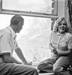 marilyn in checkered pants