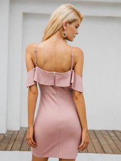 The Little Pink Dress in sizes: s to l Boho Summer Dresses, Winter Dresses, Dress Summer, Pink Summer, Chic Dress, Classy Dress, Little Pink Dress, Ruffles, Ruffle Top