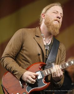 Derek Trucks of The Tedeschi Trucks Band plays on the Acura Stage at Jazz Fest on Thursday, April 2016 in New Orleans Derek Trucks Band, Tedeschi Trucks Band, Allman Brothers, Rock Music, Reggae Music, Blues Music, Blues Rock, Music Guitar, Music Is Life