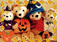 SPOOKTASTIC Halloween with the Duffy The Disney Bear family.
