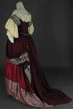 17th Century Clothing, 16th Century Fashion, Vintage Gowns, Mode Vintage, Vintage Clothing, Vintage Fashion, Style Couture, Haute Couture Fashion, Historical Clothing