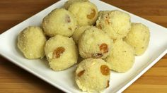 Rava ladoo is a traditional Maharashtrian sweet and a great Diwali, Holi or festival recipe. A glass of milk and this golden ball of ghee-ladden goodness. Indian Dessert Recipes, Indian Sweets, Indian Recipes, Sweets Recipes, Rava Laddu Recipe, Rava Ladoo, Vegetarian Recipes, Cooking Recipes, Clarified Butter Ghee