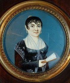 Miniature ancienne portrait dame femme de qualité éventail époque Restauration