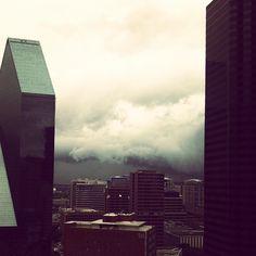 Ominous... #storm #dallas #cloudporn