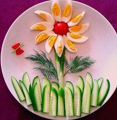 food art / kids food art / food decoration / eggs and cucumber Cute Food, Yummy Food, Food Plating Techniques, Food Art For Kids, Art Kids, Party Food Platters, Fruit Platters, Healthy Snacks, Healthy Recipes