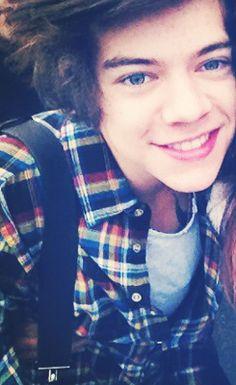Harry today... Looks like fetus harry has made a return