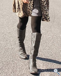 Leopard, gray boots, & tights; I like. ;)