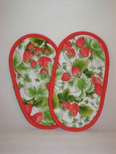 Pot Grabbers Pot Holders Quilted Pair Strawberries Red By Sewtype 8 00