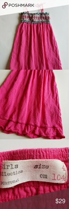 "ZARA Girls size 4 Pink Sundress Dress SMOCKED ZARA Girls size 4 Pink Sundress Dress  SMOCKED Beaded Embroidered Sleeveless  23"" long Excellent clean condition.  No flaws Non smoking home Zara Dresses Casual"