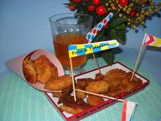 Brutti ma buoni salati alla pancetta. Li preparo spesso, sia per accompagnare l'antipasto sia per quando voglio qualcosa di sfizioso ma goloso. http://blog.cookaround.com/vincenzina52/brutti-ma-buoni-salati-alla-pancetta/